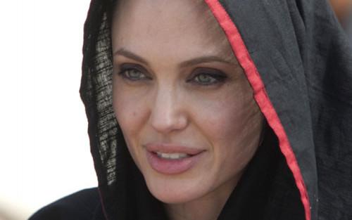 Why Women Wear the Muslim Headscarf
